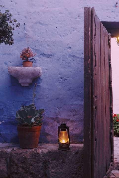 Les murs extérieurs peuvent transformer l'aspect de votre terrasse.