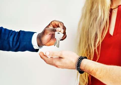 Les clefs vous seront remises après le contrôle de votre logement.
